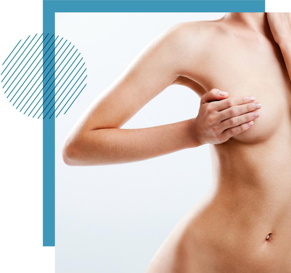 Implant-mammaire-femme-main